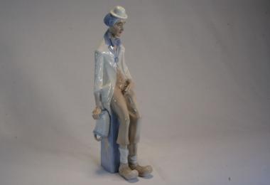 купить фарфор, статуэтка фарфоровая клоун, Ладро, NAO, художник Сальваторе Фарио (Salvador Furió ), после преставления