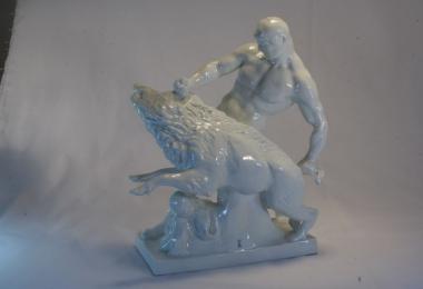 купить фарфор,фигура  фарфоровая геркулес с кабаном ( Herkules mit Eber -Геркулес с Вепрем), Мейсен (Meissen), Германия, скульптор  L.Tuaillon