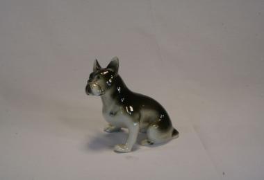 купить фарфор, статуэтка фарфоровая бульдог, фарфоровая фигура собака ,  французский бульдог Роял Дукс (Royal Dux), фарфор Чехия