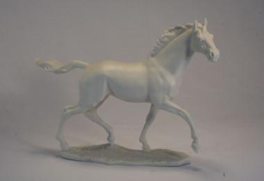 купить фарфоровую фигуру, фигура фарфоровая конь,  скачущая лошадь, фарфор Хутченрейтер  (Hutschenreuther)