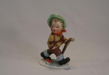 купить фарфор,фигурка фарфоровая мальчик, мальчик с грибом фарфоровый, фарфор Германия, Кортендорф (Cortendorf),  немецкие статуэтки. Фарфор, керамика, фаянс