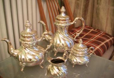 купить серебро, купить посуду серебряную, сервиз серебряный, серебряный набор, кофейник серебряный, чайник серебряный,  молочник серебряный, сахарница серебряная, серебро