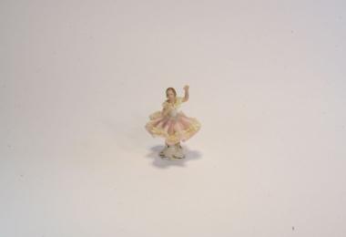 купить фарфор, кружевной фарфор, фарфоровая статуэтка балерина, барышня, дрездеская фарфоровая мануфактура, дрезденский фарфор (Dresden) купить