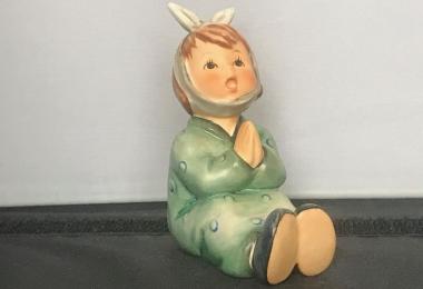 Купить фарфоровую статуэтку,  купить фарфоровую статуэтку, Гебель, hummel club,  Hummel от Goebel, Hummel, Хуммель,  Goebel, Гебель,  Oh weh, mein Zahn  ,Oh weh, mein Zahn Hummel, Oh weh, mein Zahn  Goebel,  малыш с больным зубом, малыш  с зубной болью