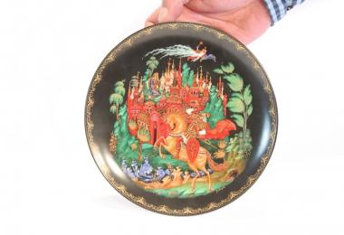 купить фарфор,тарелка фарфоровая, декоративная тарелка, сказки Пушкина, Палех Любимов, российский фарфор