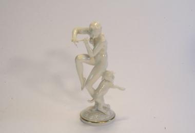 купить фарфоровую статуэтку, статуэтка фарфоровая обнаженная, обнаженная с флейтой, Хутченройтер (Hutschenreuther), художник Карл Туттер (Karl Tutter)
