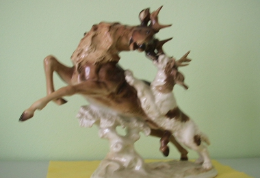 купить фарфоровую статуэтку, статуэтка фарфоровая, олень фарфоровый, сцена охоты Хутченройтер  (Hutschenreuther), художник К.Туттер (K.Tutter)