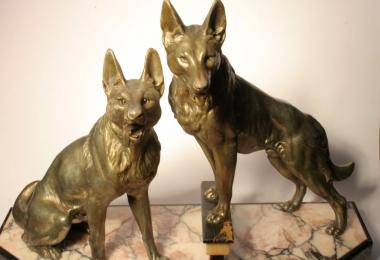 купить бронзу, купить шпиатр, фигура бронзовая овчарки, собаки из бронзы, овчарки металлические, немецкая бронза - две овчарки