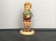 Купить фарфоровую статуэтку,  купить фарфоровую статуэтку, Гебель, hummel club,  Hummel от Goebel, Hummel, Хуммель,  Goebel, Гебель, Gluecksbote  ,Gluecksbote Hummel,  Übungsstunde Goebel, Счастливчик, мальчик с подковой Хуммель, малыш с подковой